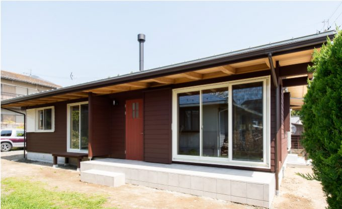 薪ストーブとサンルームのある平屋のお家/外観